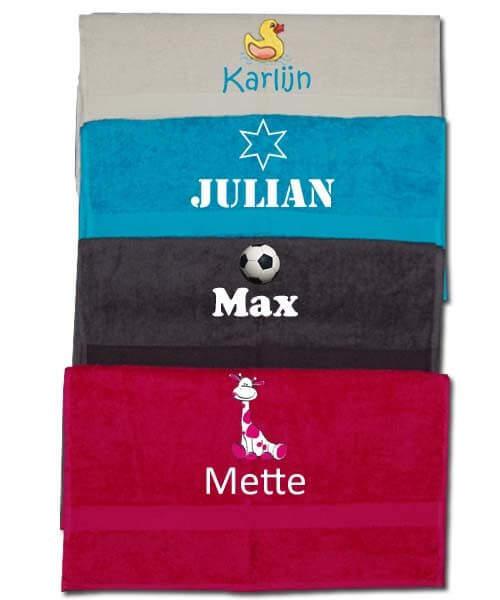 65211f1b20d Handdoek met naam en afbeelding geborduurd