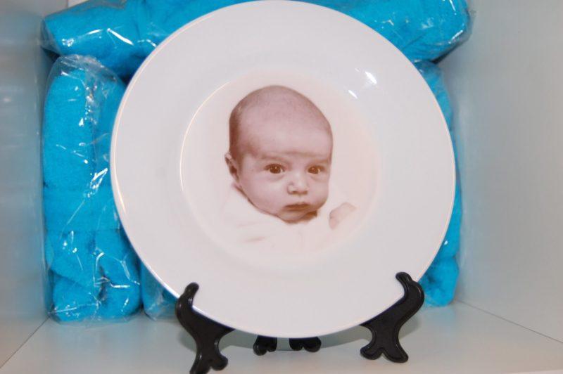 Bordje met naam en afbeelding een uniek kinderservies-2063