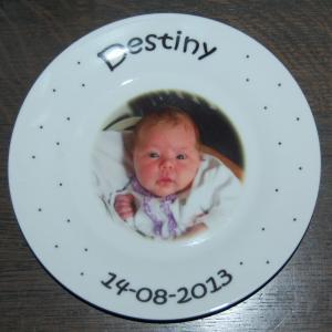 Bordje met naam en afbeelding een uniek kinderservies-2055